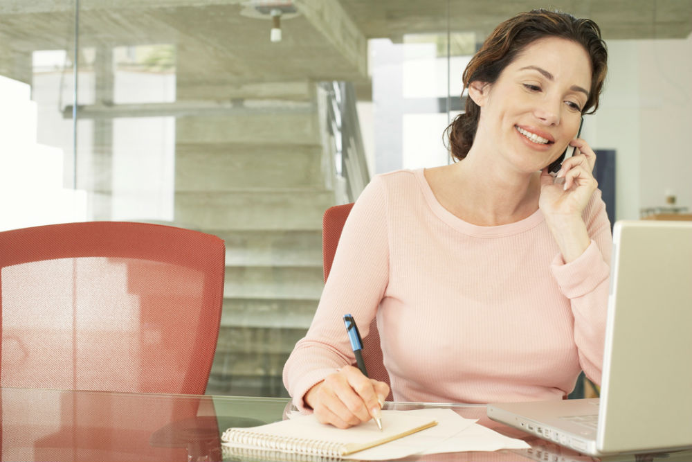 phone-answering-services-sydney-womancall